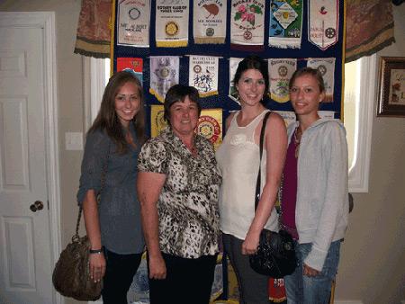 Julianna Hache, Rotarian Dawn Waye, Emma Boulay and Ivanne Joly of France